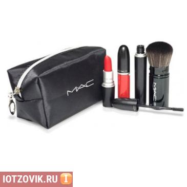 набор для макияжа в косметичке MAC