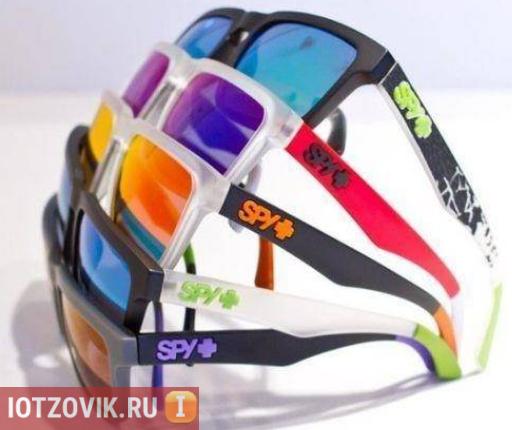 современные очки spy