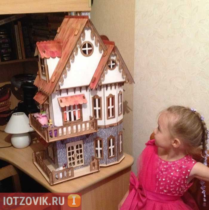 кукольный дом в подарок девочке