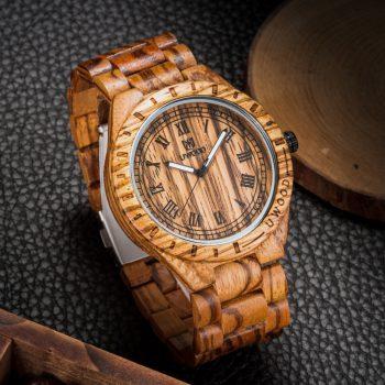 Часы из дерева Uwood